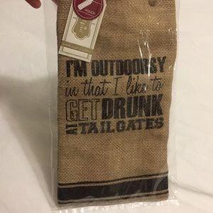 NWT wine pouch